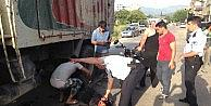 Motosiklet Hafriyat Kamyonunun Altına Girdi: 1 Yaralı