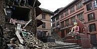 Nepalde Ölü Sayısı 2 Bin 300e Yükseldi