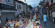 Niksar Belediyesi'nden 2 Bin Kişilik Sokak İftarı