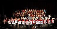 Nilüfer Belediyesi Kadın Korosu, Kızılay Yararına Sahnede