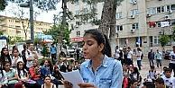 Öğrenciler Okullarının Taşınmasını Protesto Etti
