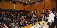 Öğrencilerden Erkan Petekkayaya Yoğun İlgi