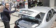 Otomobilin Çarptığı Yaralı Polis, Kaçakçıyı Takip Edip Yakaladı