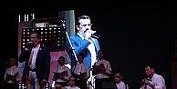 Özgecanın Babasından Duygulandıran Konser