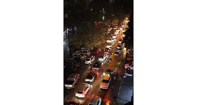 Sağanak Yağış Trafik Kazalarını Beraberinde Getirdi