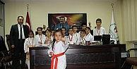 Şampiyon Karatecilerden Kısacık'a Ziyaret