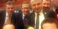 Selfie Çubuğu Meclise Girdi