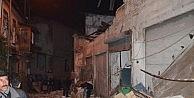 Spotçu Mağazasının İki Katlı Deposu Çöktü