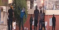 Taziye Evine Yürümek İsteyen Grup Polisle Çatişti