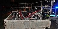 Traktörle Motosiklet Kafa Kafaya Çarpişti: 2 Yaralı