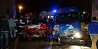 Üç Araç Birbirine Girdi: 1 Yaralı