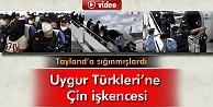 Uygur Türkleri Başlarına Çuval Geçirilerek Çin'e Getirildi İzle