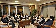 Yeni Dünya Vakfı'nın Projeleri Belediye Başkanlarına Anlatıldı