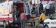 Yıkama Makinesine Girmek İsteyen Araç Takla Attı: 3 Yaralı