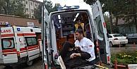 Yüksekten Düşen Suriyeli Genç Yaralandı