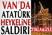 Van'da Atatürk Heykeline Saldırı İzle